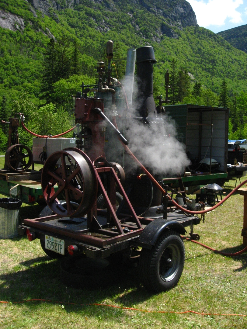 John Lightbody's Steam engine at the 2009 engine show